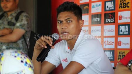 Klub Liga 1 Persija Jakarta resmi mengakhiri kerja sama dengan palang pintu Fachrudin Ariyanto. Macan Kemayoran memulangkan Fachruddin ke klub asalnya, Madura United. - INDOSPORT