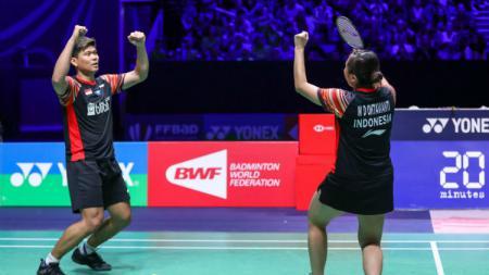 BWF menyebut pasangan Praveen Jordan/Melati Daeva Oktavianti 'Kejam' setelah menang secara dramatis dari unggulan 2 di perempatfinal All England 2020. - INDOSPORT
