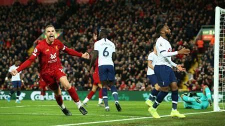 Sekarang sosok Jordan Henderson dipandang sebagai salah satu gelandang terbaik di Liga Inggris untuk saat ini. - INDOSPORT