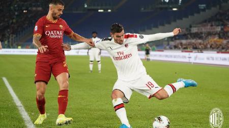 AS Roma sukses menekuk tamunya AC Milan dengan skor 2-1 pada lanjutan pekan ke-9 Serie A Italia di Stadion Olimpico, Roma, Senin (28/10/19) dini hari WIB. - INDOSPORT