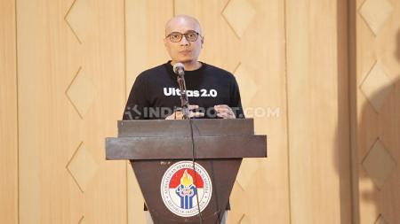Tanggapan berkelas Arif Putra Wicaksono usai Mochamad Iriawan alias Iwan Bule resmi terpilih sebagai Ketua Umum PSSI periode 2019-2023 dalam Kongres Luar Biasa PSSI. - INDOSPORT