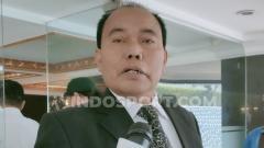 Indosport - Calon ketua umum PSSI, Bernhard Limbong.