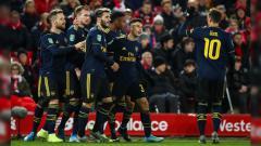 Indosport - Gabriel Martinelli, wonderkid raksasa Liga Inggris, Arsenal, layak disandingkan dengan pesepak bola terbaik sepanjang masa, Ronaldo.