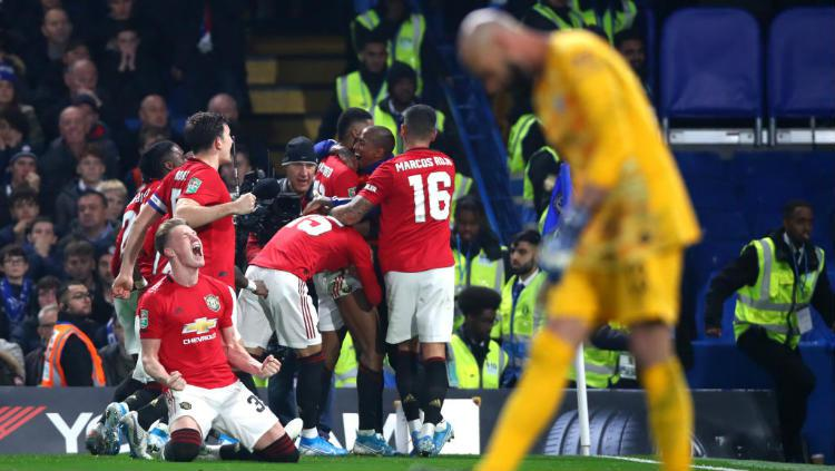 Selebrasi pemain Manchester United usai Marcus Rashford mencetak gol kedua ke gawang Chelsea di ajang Carabao Cup. Copyright: Chloe Knott - Danehouse/Getty Images