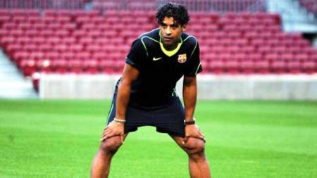 Mantan pelatih Barcelona, Frank Rijkaard, menolak tawaran untuk menggantikan posisi Ronald Koeman sebagai pelatih baru timnas Belanda. - INDOSPORT
