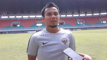 Dokter Timnas Indonesia U-19, Dokter Muhammad Yusuf Zulfikar meminta pemain Timnas Indonesia bicara bilang keluhan kesehatan. Hal ini untuk menjaga kasus Alfin Lestaluhu tak terulang. - INDOSPORT