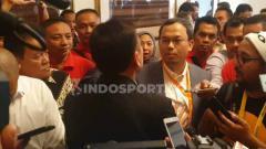 Indosport - Tensi tinggi terasa saat Kongres PSSI yang dilangsungkan di Hotel Shangrila, Jakarta pada hari ini, Sabtu (02/22/19).