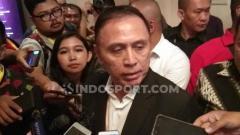 Indosport - Mochamad Iriawan alias Iwan Bule resmi terpilih sebagai Ketua Umum PSSI periode 2019-2024 dalam Kongres Luar Biasa (KLB) yang digelar di Hotel Shangri La, Jakarta, Sabtu (02/11/19).