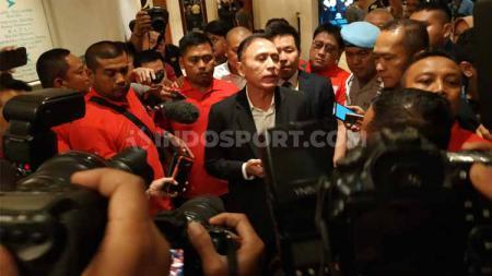 Ketum PSSI 2019-2023 terpilih, Mochamad Iriawan alias Iwan Bule menemui awak media. - INDOSPORT