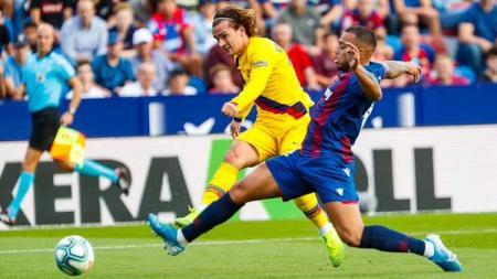Antoine Griezmann akui jika mengalami penurunan performa sejak bergabung dengan raksasa LaLiga Spanyol, Barcelona di bursa transfer musim panas lalu. - INDOSPORT