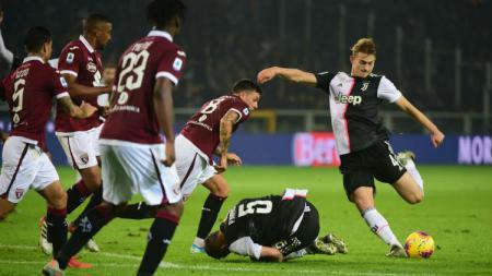 Matthijs de Ligt jadi pahlawan kemenangan Juventus atas Torino di pekan ke-11 Serie A Italia. - INDOSPORT