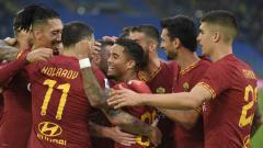 Indosport - Selebrasi para pemain AS Roma usai mencetak gol ke gawang Napoli di giornata ke-11 Serie A Italia, Sabtu (02/11/19) kemarin malam WIB.