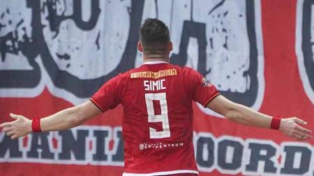Marko Simic berselebrasi usai mencetak gol ke gawang TIRA Persikabo. - INDOSPORT