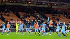 Indosport - Selebrasi para penggawa Lazio usai memastikan diri menang atas AC Milan dalam pertandingan Serie A Italia 2019-2020 pekan ke-11
