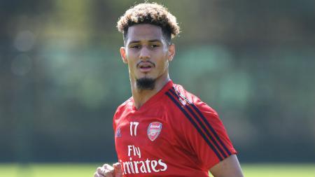 Dijagokan jadi bek tengah Arsenal musim ini, William Saliba justru belum tampil sama sekali. Apa sebenarnya rencana Mikel Arteta untuk bintang muda Prancis ini? - INDOSPORT