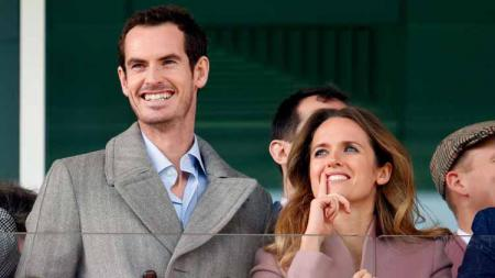 Kabar bahagia datang dari petenis Skotlandia Andy Murray yang merayakan kelahiran anak ketiganya di salah satu rumah sakit di London. - INDOSPORT