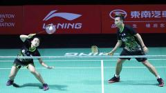Indosport - Rinov Rivaldy/Pitha Haningtyas Mentari berhasil menahan laju pasangan asal Jepang