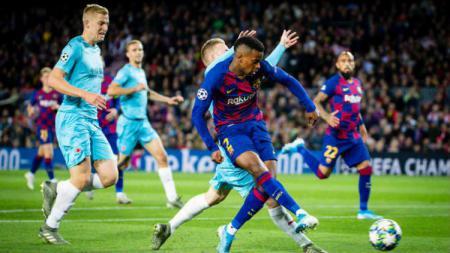 Sudah pasti kehilangan Nelson Semedo yang bakal merapat ke Wolverhampton Wanderers, Barcelona siapkan 3 pengganti untuk bek kanan asal Portugal tersebut. - INDOSPORT