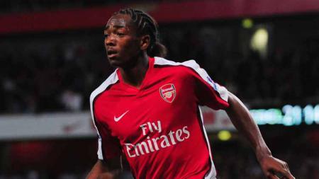 Mantan pemain sepak bola Arsenal, Sanchez Watt, mengatakan bahwa ia ingin kembali ke Liga Inggris untuk menjadi pelatih The Gunners. - INDOSPORT