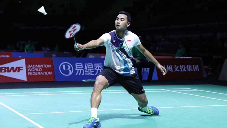 Tommy Sugiarto harus mengakui keunggulan Sai Praneeth, pemain asal India yang menghentikan langkahnya di babak pertama turnamen Fuzhou China Open 2019. Copyright: Humas PBSI