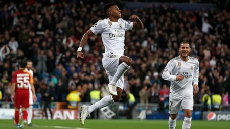 Selebrasi Pemain Real Madrid Usai mencetak gol ke gawang Galatasaray di Liga Champions - INDOSPORT