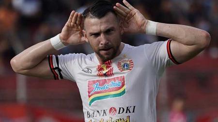 Marko Simic berselebrasi usai mencetak gol ke gawang Semen Padang, Kamis (7/11/19). - INDOSPORT