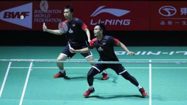 Mohammad Ahsan/Hendra Setiawan di babak 16 besar Fuzhou China Open 2019, Kamis (07/11/19). - INDOSPORT