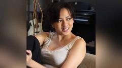 Indosport - Tak bisa bersilaturahmi di masa libur lebaran ini, aktris cantik Indonesia, Yeyen Lidya, mengisi waktu untuk berolahraga hingga banjir keringat.