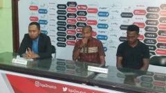 Indosport - Tim asal Papua, Persewar Waropen bakal melakoni laga perdananya di Grup A babak 8 besar Liga 2 2019 menghadapi Sriwijaya FC di Stadion Gelora Delta Sidoarjo.