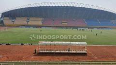 Indosport - Penampakan kini Stadion Gelora Sriwijaya Jakabaring Palembang.