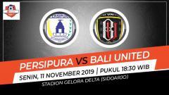 Indosport - Pertandingan antara Persipura Jayapura vs Bali United.