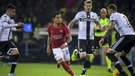 Situasi pertandingan Parma vs Roma - INDOSPORT