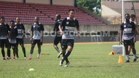 Tim Shopee Liga 1 2019, Persipura Jayapura saat sedang latihan. - INDOSPORT