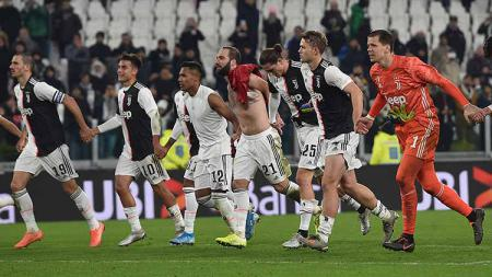Keberhasilan AC Milan datangkan pemain anyar dari Anderlecht berimbas ke Juventus yang justru harus rela kehilangan striker di bursa transfer musim dingin ini. - INDOSPORT
