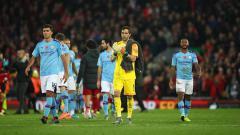 Indosport - Kekalahan Manchester City dari Liverpool pada pekan ke-12 Liga Inggris musim ini membuat Gary Neville tergelitik untuk berkomentar.