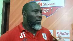 Indosport - Pelatih Persipura, Jacksen F. Tiago, usai laga Liga 1 2019.