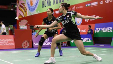 Ni Ketut Mahadewi Istarani/Tania Oktaviani gagal balas dendam melawan wakil Korea Selatan usai dikalahkan di babak lanjutan Hong Kong Open 2019. - INDOSPORT
