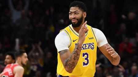 Anthony Davis menyebut peran besar mendiang Kobe Bryant dalam laga LA Lakers vs Denver Nuggets di game kedua Final NBA Wilayah Barat 2019/20. - INDOSPORT