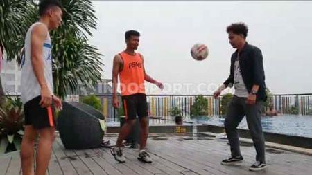 Inisiatfi tinggi dimiliki pemain PSMS Medan yang tetap berlatih di saat senggang jelang laga kontra Martapura FC dalam 8 besar Liga 2 2019. - INDOSPORT