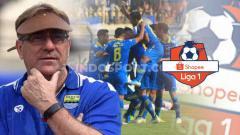 Indosport - 3 Mahakarya Si Jenius Robert Alberts untuk Persib Bandung di Putaran Kedua Liga 1 2019