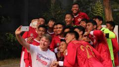 Indosport - Memasuki bulan kedua skuat Garuda Select berlatih sepak bola di Inggris, kini para pemain sudah mulai terbiasa dengan budaya yang sangat teratur.
