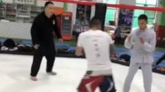 Indosport - Atlet wing chun KO dalam enam detik pertarungan melawan petarung MMA.