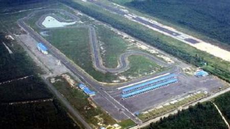 Pemerintah Sumatera Selatan, targetkan menggelar kejuaraan nasional dan internasional pada 2020 untuk menjaga eksistensi Sirkuit Skyland. - INDOSPORT