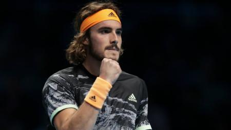 Juara ATP Final 2019 Stefanos Tsitsipas, memasang target besar musim depan demi menghabisi dominasi Rafael Nadal, Novak Djokovic, dan Roger Federer. - INDOSPORT