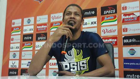 Kiper klub Liga 1 PSIS Semarang, Jandia Eka Putra, bisa perkuat timnya saat menghadapi Tira Persikabo. - INDOSPORT