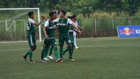 Punya pemain Timnas Indonesia, Persebaya Surabaya gagal melaju ke babak semifinal Elite Pro Academy (EPA) Liga 1 U-18. - INDOSPORT