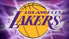 Indosport - Sama-sama mengalami krisis pemain, LA Lakers sukses menundukkan pemuncak klasemen Wilayah Barat, Utah Jazz, di lanjutan NBA, Minggu (18/04/21) WIB.