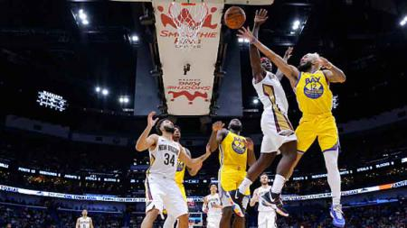 Kesialan demi kesialan telah dialami Golden State Warriors di NBA 2019-2020. Usai terlempar ke papan bawah klasemen sementara, mereka kini kembali kena musibah. - INDOSPORT