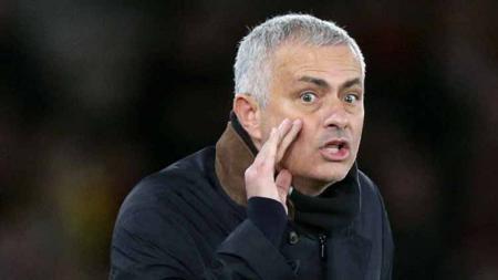 Pelatih sepak bola Tottenham Hotspur, Jose Mourinho, membeberkan fakta tak terduga terkait rumor yang mengabarkan bahwa Inter Milan mengincar Christian Eriksen. - INDOSPORT