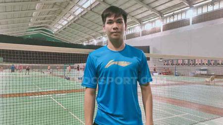 Melihat aksi pebulutangkis ganda putra Indonesia, Daniel Marthin, yang 'kerasukan' Praveen Jordan di kompetisi Swiss Open 2021. - INDOSPORT